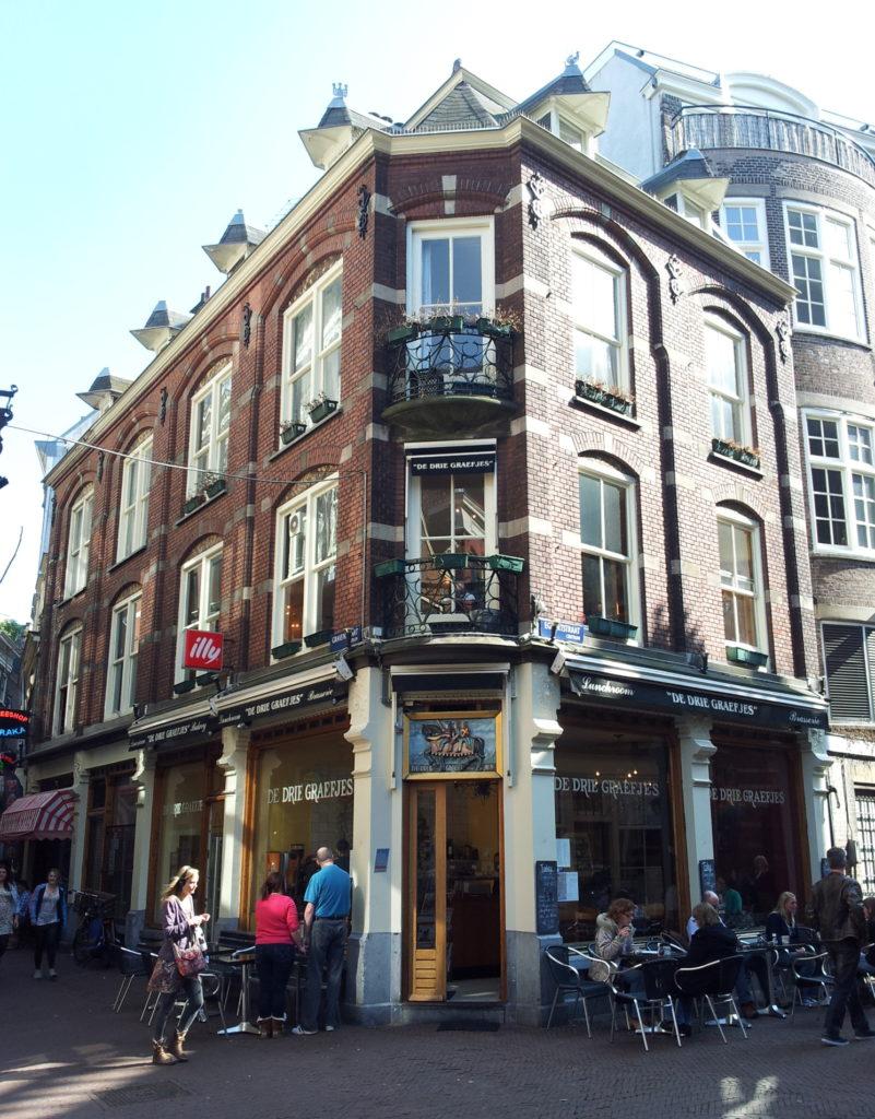 Прогулки по Амстердаму. Улица Gravenstraat