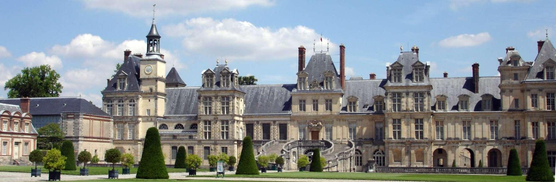 Дворец Фонтенбло, Франция. Величественное сооружение древней Европы